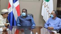 Tony Peña Guaba visita instalaciones del INTABACO ; presenta ambicioso proyecto del programa de Oportunidad 14-24